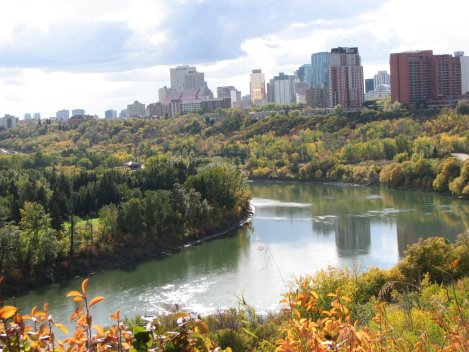 edmonton-river-valley-by-Dolphin